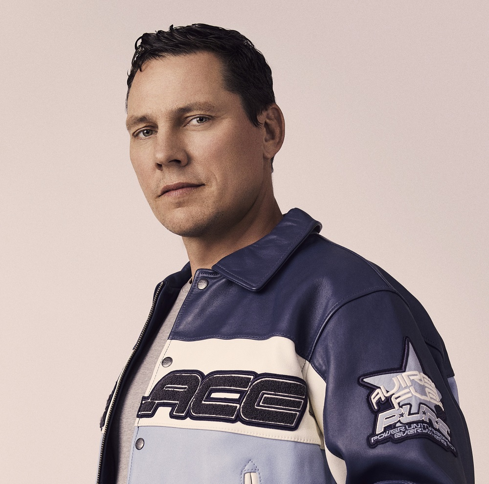 Tiësto returns to the club with first EP in 2 years — 'Together Again'!